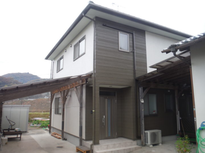 香川県三木町S様邸 外壁塗装工事/シーリング工事